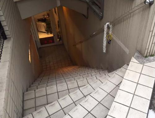 東京都内の階段と手すりについて 3のイメージ